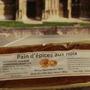 Pain d'épices aux noix